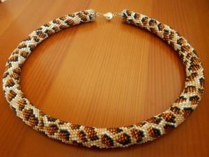 Леопардовые украшения из бисера