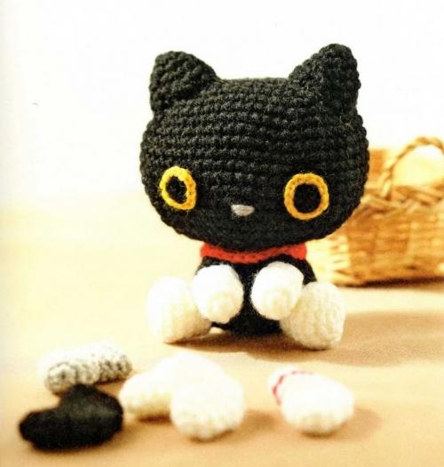 Вяжем игрушку Чёрный кот