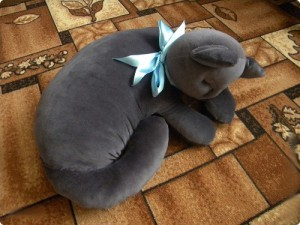 В форме кошки