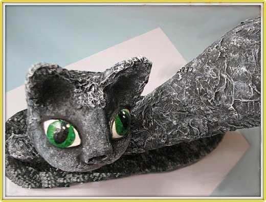 Кот из папье-маше