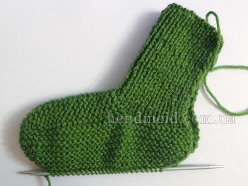 Детские носочки на двух спицах - мастер класс с описанием