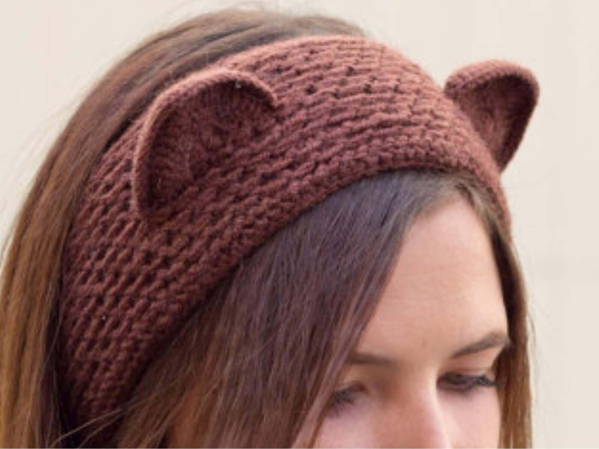 Повязка на голову для девочки с ушками крючком
