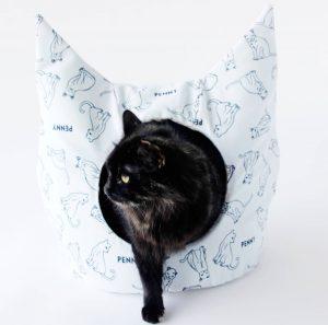 Идеи и выкройки лежанок и домиков для кошки